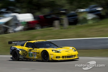 #4 Flying Lizard Motorsports Chevrolet Corvette C6 ZR1: Oliver Gavin, Tom Milner