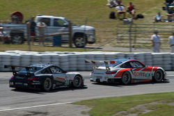 #48 Paul Miller Racing and #06 CORE Autosport through Moss Corner