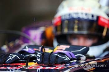Alpinestars racing gloves of Sebastian Vettel, Red Bull Racing RB9