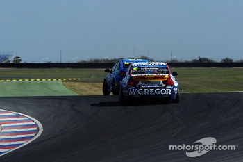 Tom Coronel, BMW E90 320 TC, ROAL Motorsport  and Pepe Oriola, SEAT Leon WTCC, Tuenti Racing