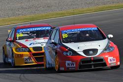 Hugo Valente, SEAT Leon WTCC, Campos Racing and Darryl O'Young, BMW E90 320 TC, ROAL Motorsport