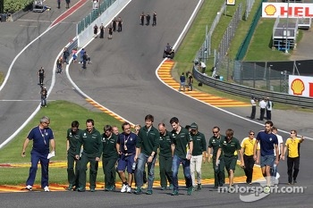 Alexander Rossi, Caterham F1 Reserve Driver and Charles Pic, Caterham walk the circuit.