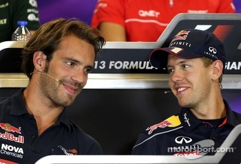 Jean-Eric Vergne, Scuderia Toro Rosso  and Sebastian Vettel, Red Bull Racing