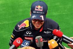 Sebastian Vettel, Red Bull Racing with the media.