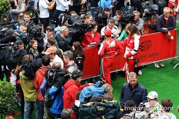Fernando Alonso, Ferrari, Jenson Button, McLaren and Nico Rosberg, Mercedes AMG F1 in the media zone