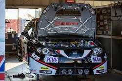 SEAT Leon in the garage