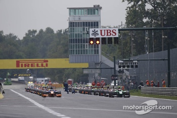 GP2 cars on the grid