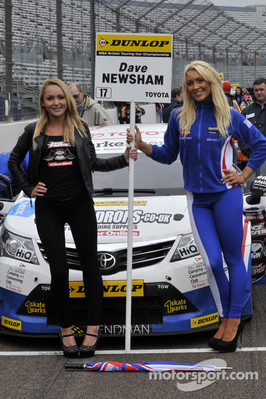 Speedworks Grid Girls