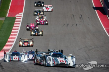 #2 Audi Sport Team Joest Audi R18 e-tron quattro: Tom Kristensen, Loic Duval, Allan McNish leads the field under yellow