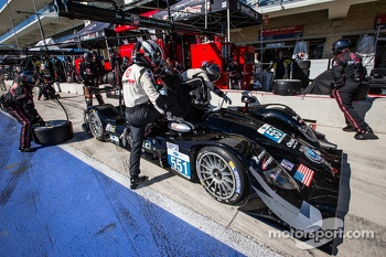 Pit stop for #551 Level 5 Motorsports HPD ARX-03b HPD: Scott Tucker, Ryan Briscoe