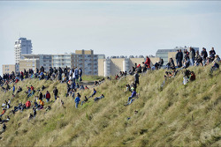 Fans on the dunes