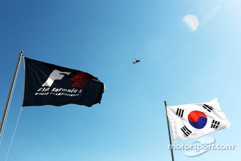 F1 and Korea flags