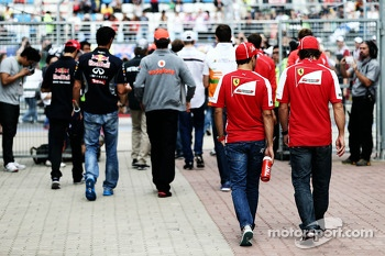 (L to R): Felipe Massa, Ferrari with team mate Fernando Alonso, Ferrari on the drivers parade