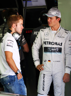 (L to R): Sam Bird, Mercedes AMG F1 Test And Reserve Driver with Nico Rosberg, Mercedes AMG F1