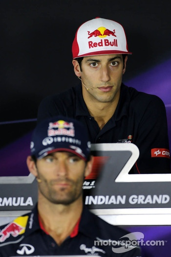 Daniel Ricciardo, Scuderia Toro Rosso and Mark Webber, Red Bull Racing