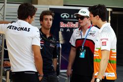 (L to R): Daniel Juncadella, Mercedes DTM Driver with Antonio Felix da Costa, Red Bull Racing Test Driver; Conor Daly, Sahara Force India Third Driver