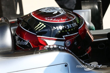The Michael Jackson themed helmet of Lewis Hamilton, Mercedes AMG F1 W04