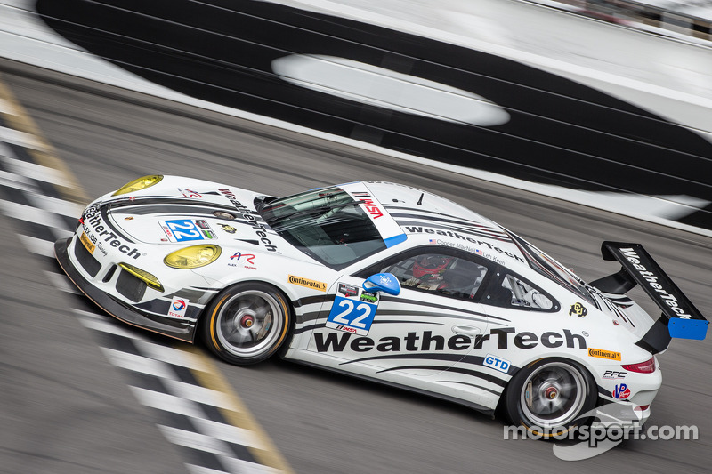 #22 Alex Job Racing Porsche GT America: Cooper MacNeil, Leh Keen, Louis-Philippe Dumoulin