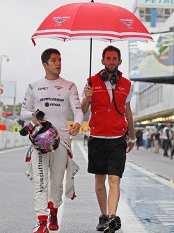 Rodolfo Gonzalez, Marussia F1 Team Reserve Driver, and Sam Village, Marussia F1 Team