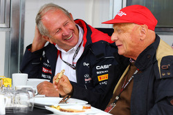 F1: (L to R): Dr Helmut Marko, Red Bull Motorsport Consultant with Niki Lauda, Mercedes Non-Executive Chairman