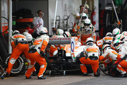 F1: Paul di Resta, Sahara Force India F1 pit stop