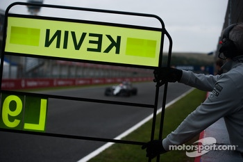Pit board for Kevin Magnussen, McLaren MP4-29