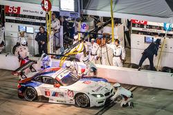 Pit stop for #56 BMW Team RLL BMW Z4 GTE: Dirk Müller, John Edwards, Graham Rahal, Dirk Werner