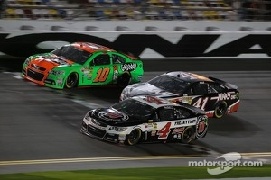 Stewart-Haas Racing cars of Danica Patrick, Stewart-Haas Racing Chevrolet, Kurt Busch, Stewart-Haas Racing Chevrolet and Kevin Harvick, Stewart-Haas Racing Chevrolet