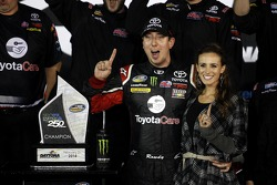 Kyle Busch in Victory Lane