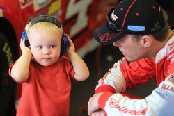 Kevin Harvick, Stewart-Haas Racing Chevrolet with his son Keelan