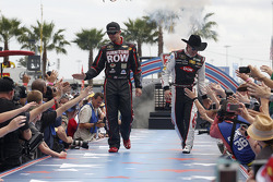 Martin Truex Jr., Furniture Row Racing Chevrolet and Austin Dillon, Richard Childress Racing Chevrolet