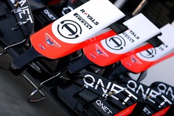 Marussia F1 Team front wings 13