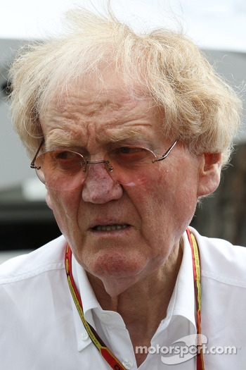 Ron Walker, Chairman of the Australian GP Corporation