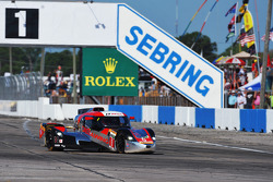 #0 DeltaWing Racing Cars DeltaWing DWC13 Elan: Andy Meyrick, Katherine Legge, Gabby Chaves