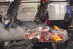 Kevin Harvick, Stewart-Haas Racing Chevrolet on fire