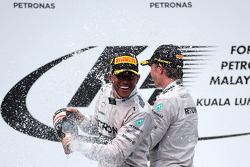 Lewis Hamilton (GBR), Mercedes AMG F1 Team and Nico Rosberg (GER), Mercedes AMG F1 Team  30