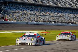 #911 Porsche North America Porsche 911 RSR: Nick Tandy, Richard Lietz, Patrick Pilet, #912 Porsche North America Porsche 911 RSR: Patrick Long, Michael Christensen, Jörg Bergmeister