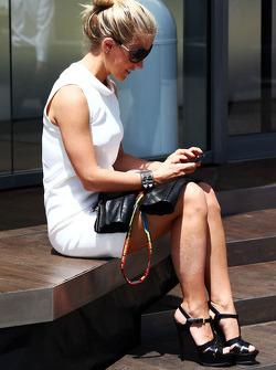 Jennifer Becks, girlfriend of  Adrian Sutil, Sauber