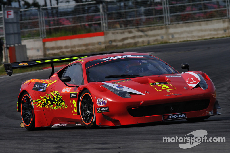 Clearwater Racing Ferrari 458 Italia GT3: Keita Sawa, Mok Weng Sun