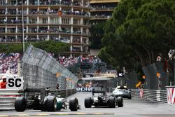 Nico Rosberg, Mercedes AMG F1 W05 leads Lewis Hamilton, Mercedes AMG F1 W05 behind the FIA Safety Car