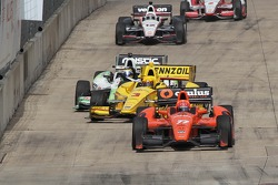 INDYCAR: Helio Castroneves, Penske Racing Chevrolet crashes
