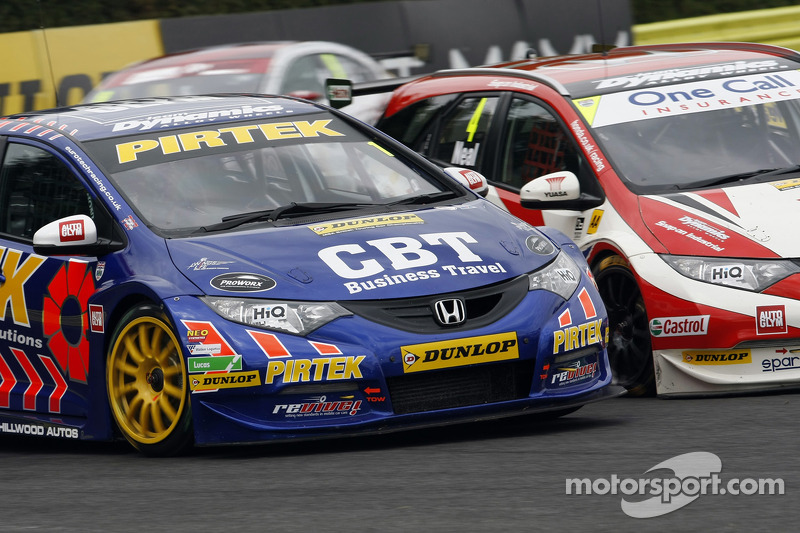 Andrew Jordan, Pirtek Racing and Matt Neal, Honda Yuasa Racing
