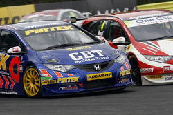BTCC: Andrew Jordan, Pirtek Racing and Matt Neal, Honda Yuasa Racing
