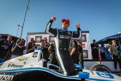 Juan Pablo Motoyta celebrates pole
