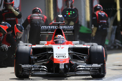 Jules Bianchi, Marussia F1 Team  during pitstop