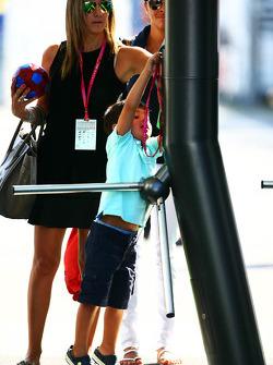 Rafaela Bassi, wife of Felipe Massa, Williams, with her son Felipinho Massa