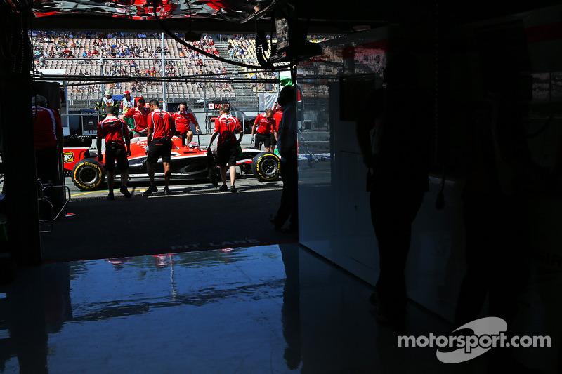 [2014]Marussia Ferrari - Présentation F1-german-gp-2014-jules-bianchi-marussia-f1-team-mr03-in-the-pits