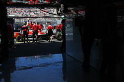 Jules Bianchi, Marussia F1 Team MR03 in the pits