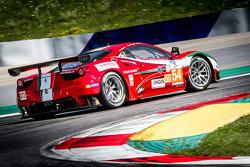 #54 AF Corse Ferrari F458: Piergiuseppe Perazzini, Marco Cioci, Michael Lyons