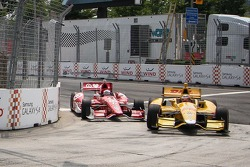 Scott Dixon, Chip Ganassi Racing Chevrolet and Ryan Hunter-Reay, Andretti Autosport Honda